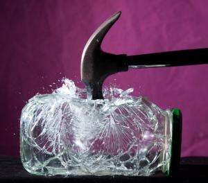 shattering-glass1